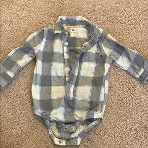 EUC like new Baby B'gosh button front shirt